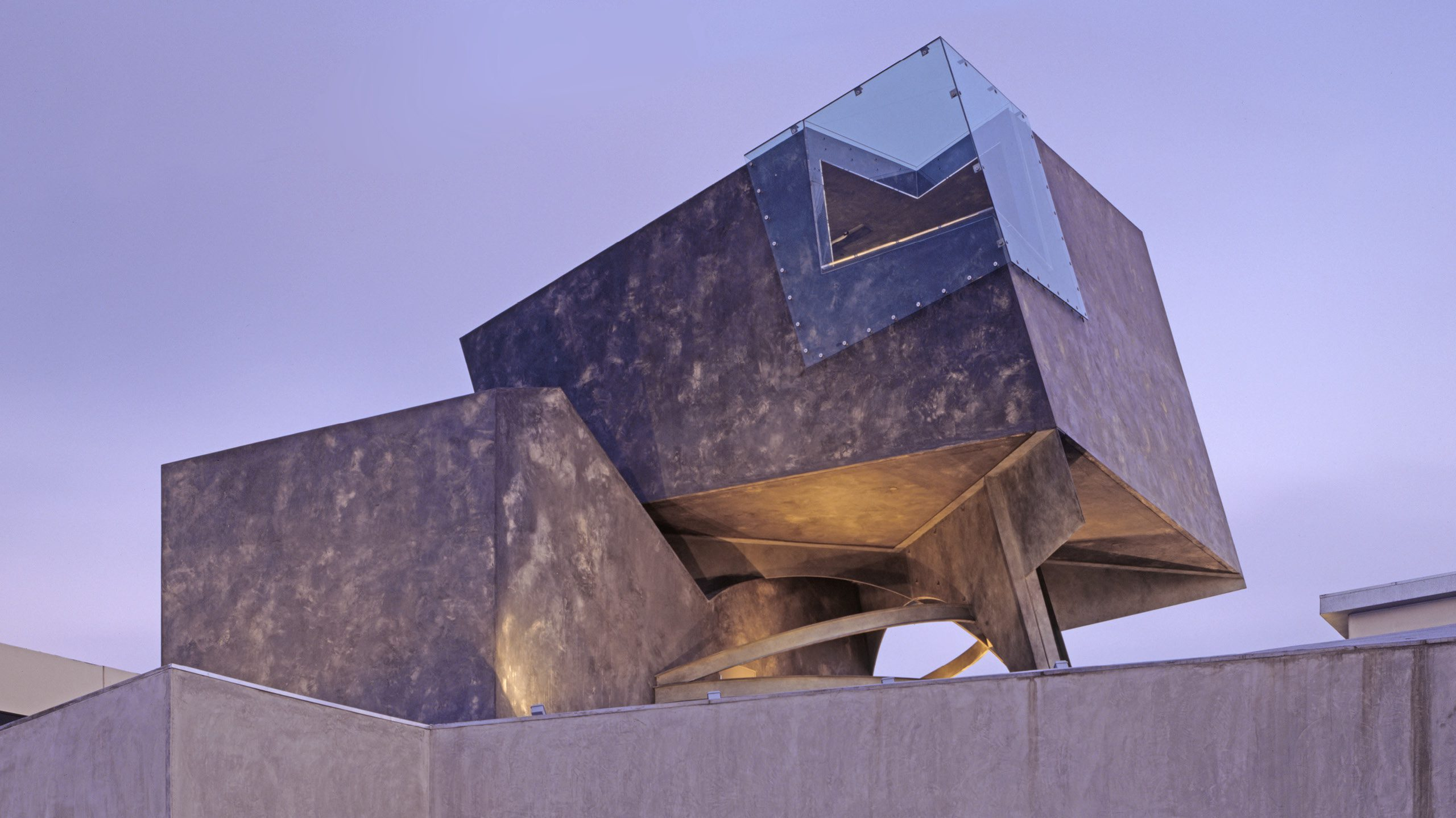 The Box Eric Owen Moss Architects